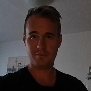 Muž 35 rokov Bratislava