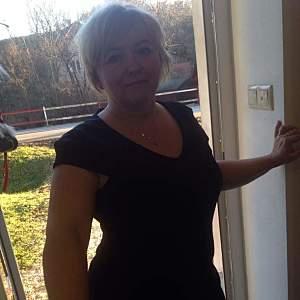 Žena 54 rokov Bánovce nad Bebravou