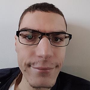 Muž 26 rokov Bratislava