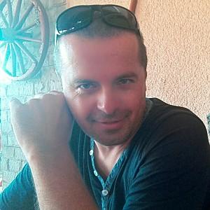 Muž 41 rokov Trenčín