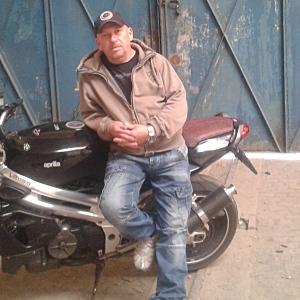 Muž 50 rokov Bratislava