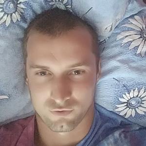 Muž 31 rokov Trenčín