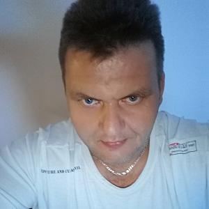 Muž 44 rokov Veľký Krtíš