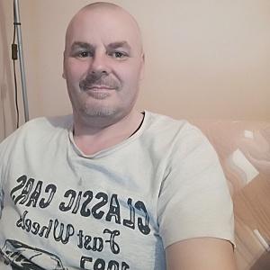 Muž 47 rokov Sabinov