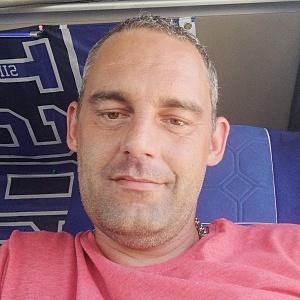 Muž 37 rokov Galanta