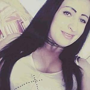 Žena 22 rokov Galanta