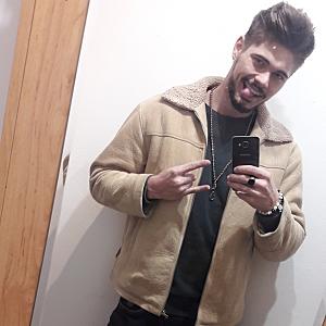 Muž 21 rokov Nové Mesto nad Váhom