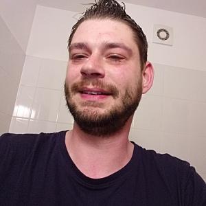 Muž 30 rokov Trenčín