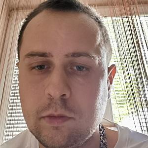 Muž 33 rokov Komárno