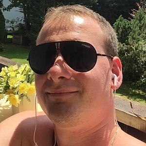 Muž 28 rokov Banská Bystrica