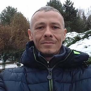 Muž 48 rokov Vrbové