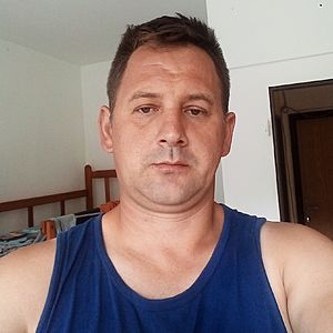 Muž 44 rokov Považská Bystrica