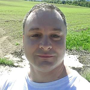 Muž 42 rokov Trenčín