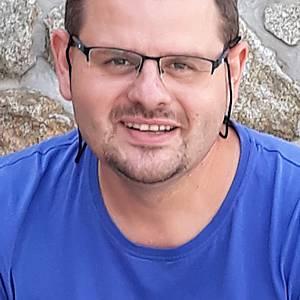 Muž 38 rokov Pezinok