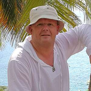 Muž 42 rokov Šaľa