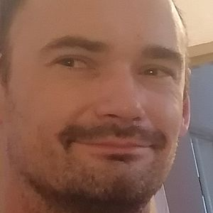 Muž 34 rokov Martin