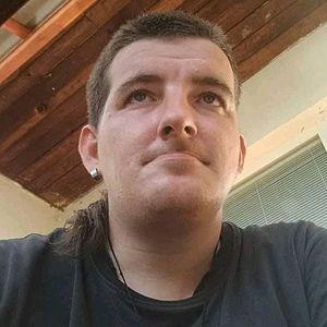 Muž 30 rokov Hlohovec