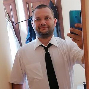 Muž 35 rokov Šaľa