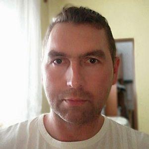 Muž 44 rokov Púchov