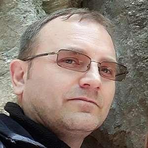 Muž 45 rokov Nové Mesto nad Váhom