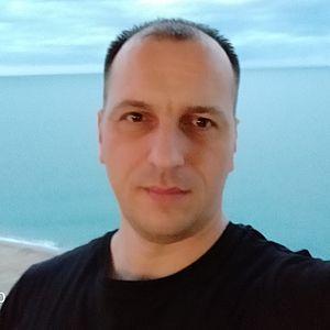 Muž 38 rokov Snina