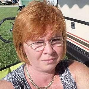 Žena 57 rokov Šaľa