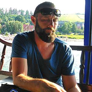 Muž 45 rokov Pezinok