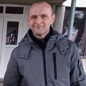 Muž 45 rokov Šaľa