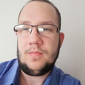 Muž 28 rokov Sečovce