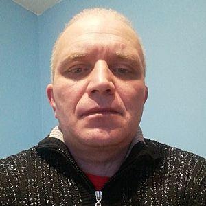 Muž 44 rokov Martin
