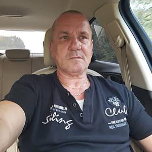 Muž 56 rokov Bratislava