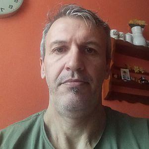 Muž 46 rokov Handlová