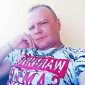 Muž 32 rokov Žiar nad Hronom