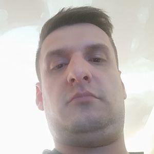Muž 34 rokov Partizánske
