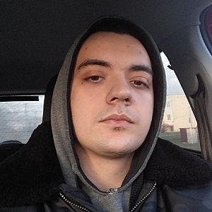Muž 22 rokov Hlohovec