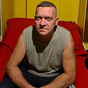 Muž 48 rokov Šamorín