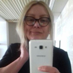 Žena 48 rokov Šamorín