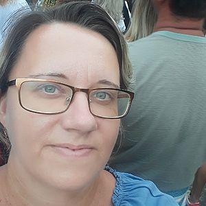 Žena 40 rokov Levice