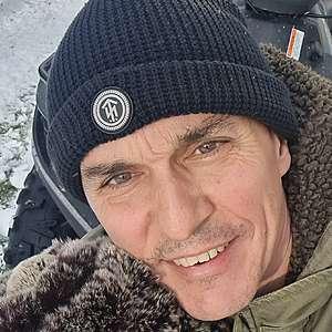 Muž 48 rokov Piešťany