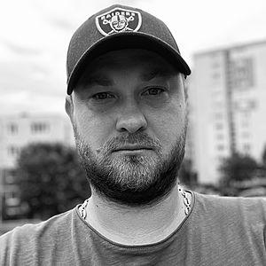Muž 33 rokov Považská Bystrica