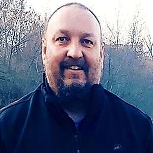 Muž 40 rokov Trenčín