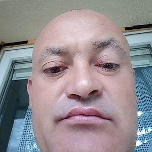 Muž 42 rokov
