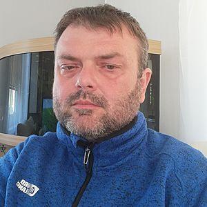 Muž 46 rokov Ilava