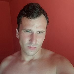 Muž 26 rokov Partizánske