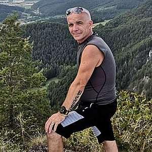 Muž 46 rokov Hlohovec