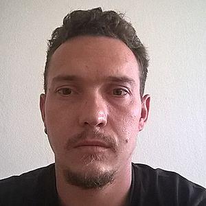 Muž 33 rokov Galanta