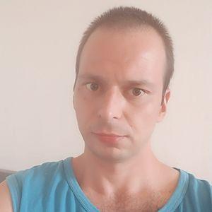 Muž 34 rokov Galanta