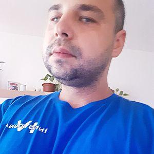 Muž 35 rokov Nové Zámky